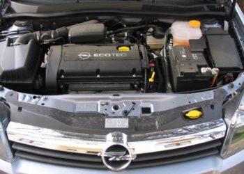 Opel Astra Ölwechsel & Motoröl | Kosten, Öl & Anleitung für alle Modelle
