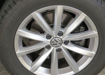 VW Tiguan Bremsen wechseln | Kosten & Anleitung (Hinten & Vorne)