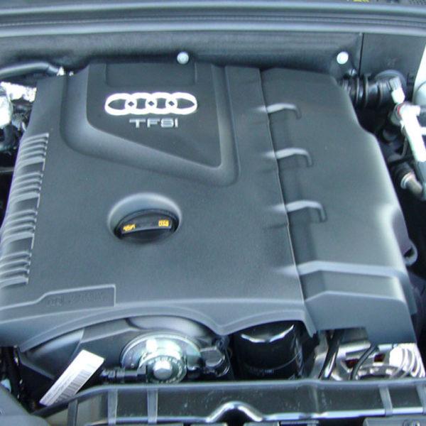 AUDI-A4-B8-MOTOR
