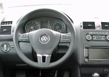 VW Touran Inspektion | Alle Infos zu Kosten, Intervallen & Service zurücksetzen