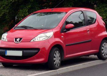 Peugeot 107 Ölwechsel | Kosten, Welches Öl, Anleitung & Intervalle (alle Motoren)